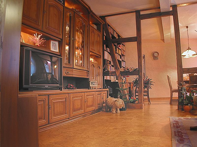 wohnzimmer fotos von korkb den in diaschau betrachten bilder von korkparkett im wohnzimmer. Black Bedroom Furniture Sets. Home Design Ideas